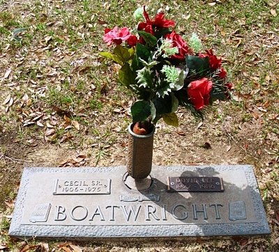 Cecil and Dovie Lee Boyett Boatwright Gravestone