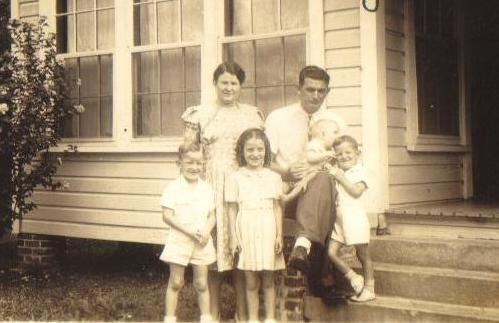 James Bennett Boatright and Bleeka Ray Mullis and four children