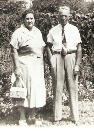 James Lloyd and Mary Eva Dunn Boatright: