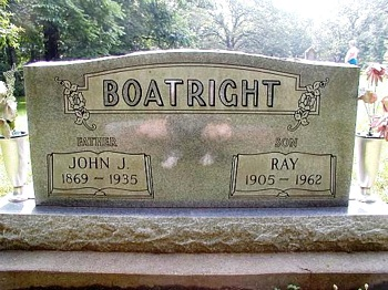 Raymond Boatright and father Gravestone