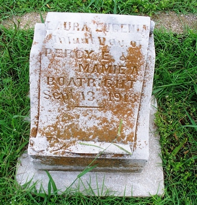 Laura Eugenia Boatright Gravestone