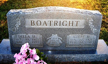 Noble Hill and Della Mae Boyd Boatright Gravestone