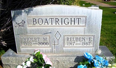 Reuben Earl and Violet Bertram Boatright Gravestone