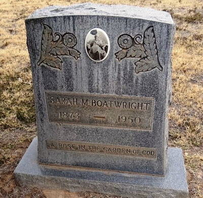 Sally Ann Youngblood Boatwright Gravestone