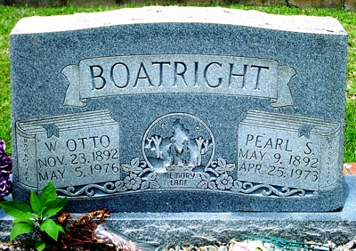 William Otto and Pearly Mae Sticher Boatright Gravestone